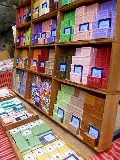 Soap on Display, en Provence