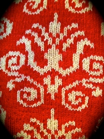 Hand-knit Kelmscott Throw