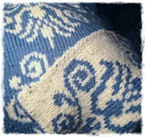 Kelmscott Throw (Made with Love by Mom)